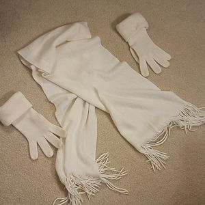 Cream Scarf & Glove Set